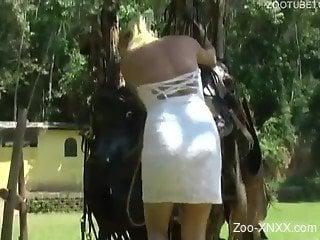 Jacked-up brown horse banging this twisted slut